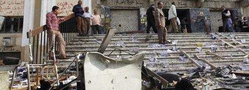 Égypte: l'armée remet en cause le droit de manifester