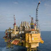Les profits des majors du pétrole en net recul