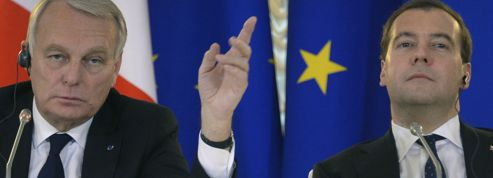 Greenpeace : la fermeté de Medvedev face à Ayrault