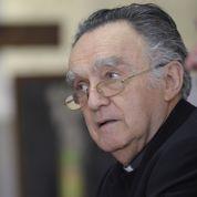Les évêques cherchent l'apaisement politique