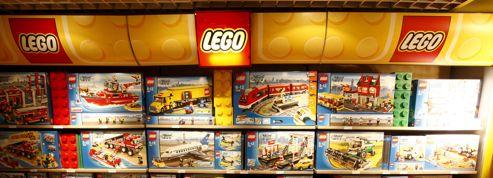 Lego pousse les murs de son usine tchèque