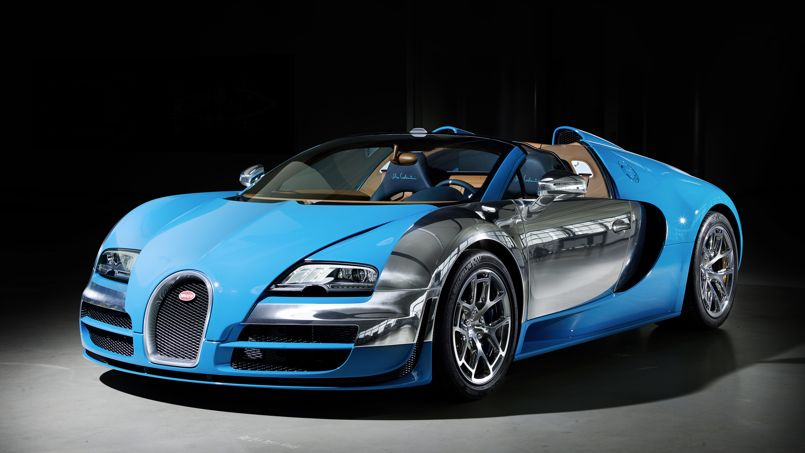 Bugatti Veyron, la Costantini pour être vu