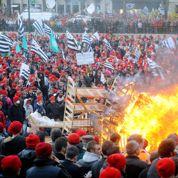 Cinq «bonnets rouges» convoqués au tribunal