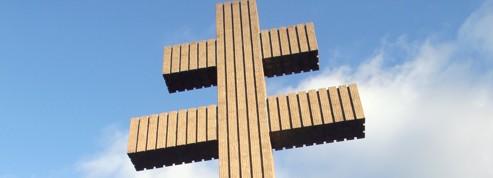 La croix de Lorraine fait de la résistance