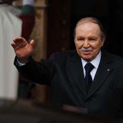 Le FLN plébiscite Bouteflika pour un 4e mandat
