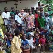 Le dilemme des prêtres missionnaires face au danger