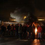 Des salariés de Goodyear bloquent le site d'Amiens-Nord