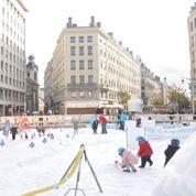 Paris et Lyon vont célébrer la neige