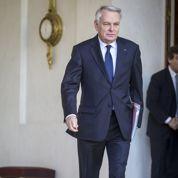Ayrault tente une réforme fiscale pour éteindre la révolte