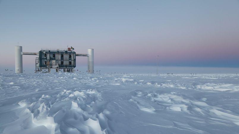 Le laboratoire IceCube, en Antarctique.