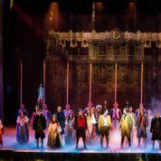 Les Amants de la Bastille : retour sur scène endeuillé