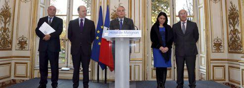 Travail le dimanche: Jean-Marc Ayrault promet une loi dès 2014