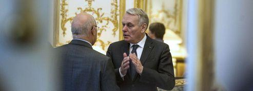 Ayrault, un premier ministre qui agace les ténors du gouvernement
