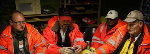 Des SDF payés en bières pour nettoyer les rues d'Amsterdam