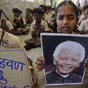 Nelson Mandela : l'hommage des foules