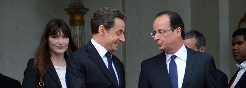 Hollande et Sarkozy : chacun son avion pour l'Afrique du Sud