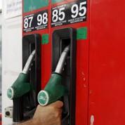 Les prix à la pompe devraient rester stables en 2014