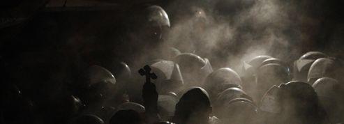 Ukraine : guerre des nerfs sur la place de l'Indépendance à Kiev