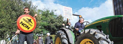 Notre-Dame-des-Landes : les travaux démarrent malgré la contestation du projet porté par Ayrault