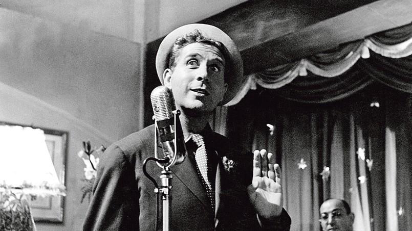 Le Fou chantant en Italie, en 1952.