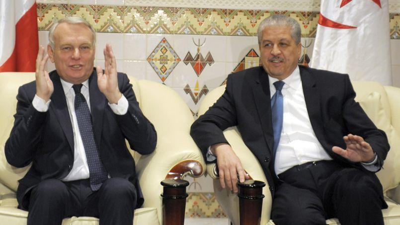 Les premiers ministres Jean-Marc Ayrault et Abdelmalek Sellal, dimanche.