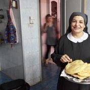Sœur Issi, la force du sourire