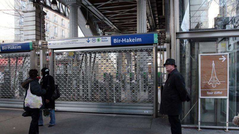 L'amiante à l'origine du blocage dans le métro parisien