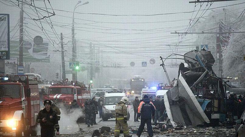 Au moins dix personnes ont été tuées dans une explosion à bord d'un trolleybus.