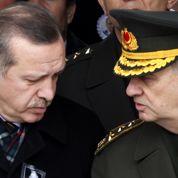 L'armée s'invite dans la crise politique turque