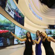 Des téléviseurs avec des écrans pliables