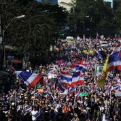 Bangkok en partie paralysée par les manifestants