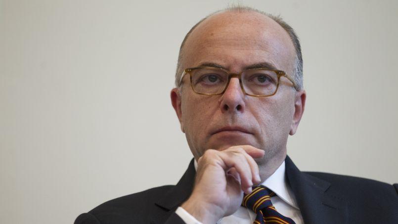 Cazeneuve parle désormais de baisser les impôts… dès 2016
