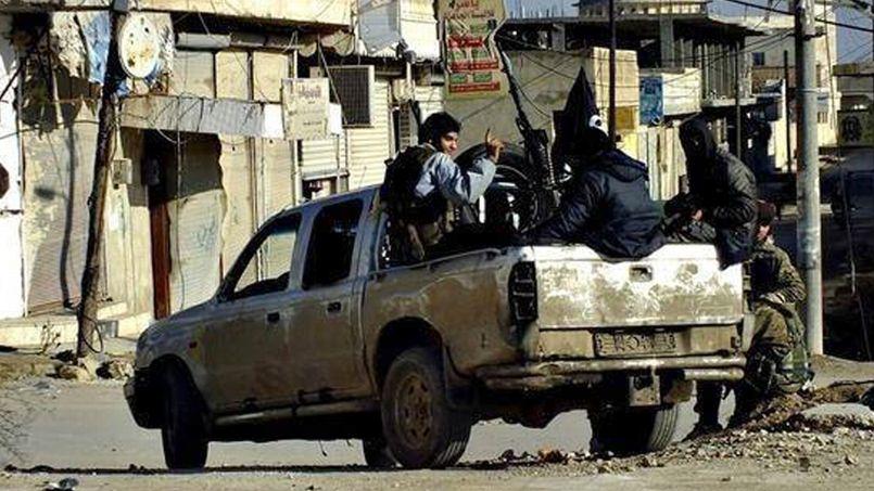 Des combattants d'al-Qaida à Raqqa, en Syrie.