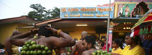 La Malaisie célèbre la fête de Thaipusam