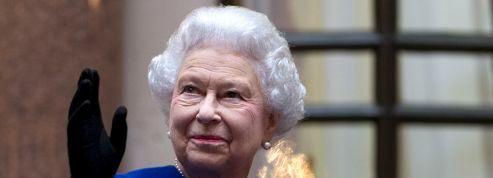 Elizabeth II et le prince Charles seront en Normandie pour le D-Day