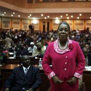 La nouvelle présidente centrafricaine intronisée sur fond de violences
