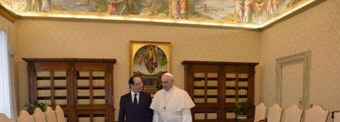 Hollande rencontre le pape : «Pourvu qu'il soit touché par la grâce»
