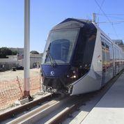 Le tramway de luxe d'Alstom roule à Dubaï