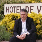 Propos anti-Roms : Bourdouleix s'en prend aux journalistes