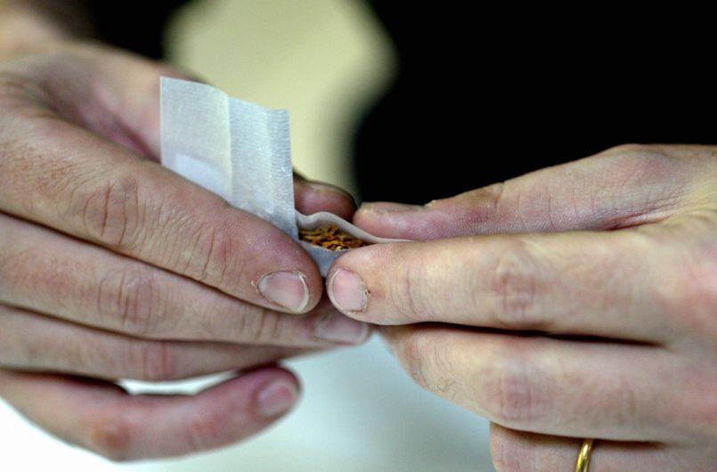 Jamais autant de jeunes n'ont fumé du cannabis, affirme un magistrat isérois en s'appuyant sur des sondages.