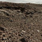Mars: Curiosity devra ménager ses roues endommagées