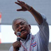 L'opposition thaïe prend les urnes en otage