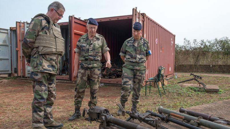 Centrafrique : le butin de l'armée française PHOb74103a6-8eee-11e3-9e60-27396627b8cc-805x453