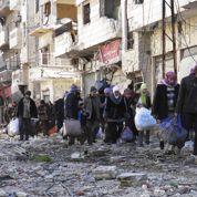 Syrie: début de l'évacuation des civils assiégés à Homs