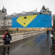 Les bâches envahissent Paris
