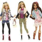 Des habits neufs pour la poupée Barbie