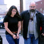 Le FBI enquête sur une tueuse en série présumée de 19 ans