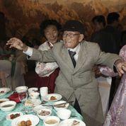 Séparés depuis 60 ans, Sud et Nord-Coréens se retrouvent