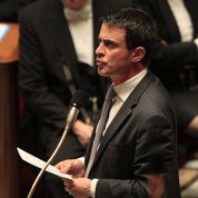 Vols dans les campagnes: Valls sous pression