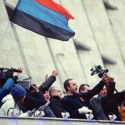 À Donetsk, révolutionnaires et pro-Russes se disputent le pouvoir
